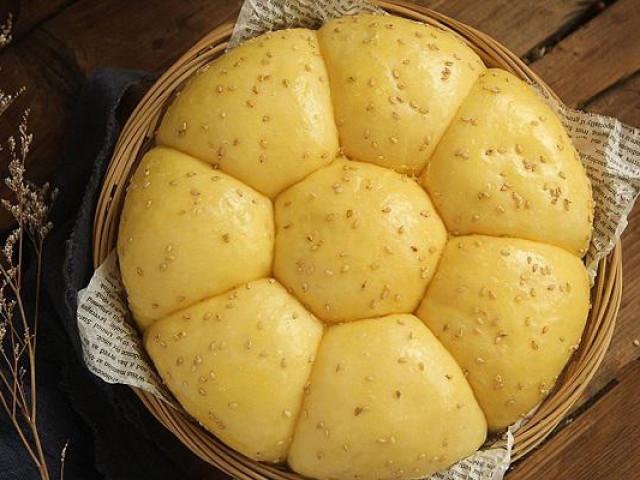 """Không cần lò nướng, tôi vẫn làm được bánh mì mịn đẹp khiến cả nhà """"sững sờ"""""""