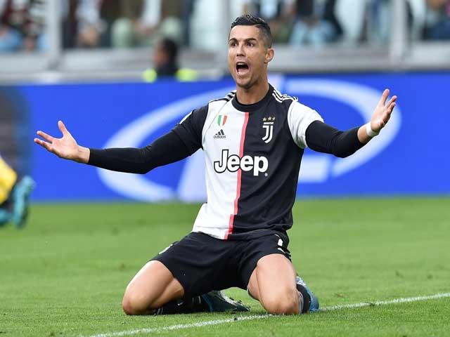 Ronaldo tụt giá thê thảm sau 2 năm: Kém xa đàn em, Juventus có nên bán gấp?