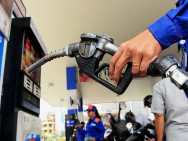 Giá xăng dầu hôm nay 23/3: Lao dốc mạnh trước nguy cơ dư thừa nguồn cung vì Covid-19