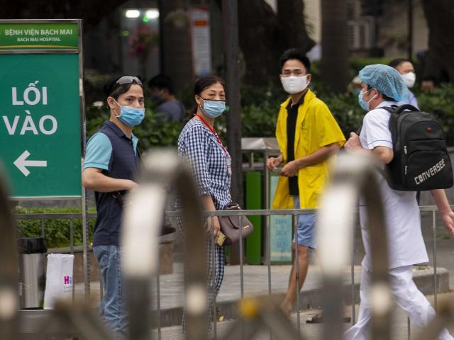 Bộ Y tế chỉ ra 7 nhóm có nguy cơ lây nhiễm Covid-19 từ ổ dịch của BV Bạch Mai