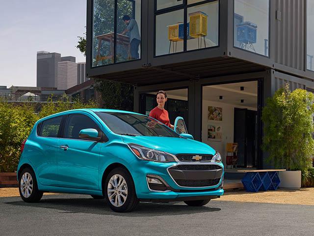 Chi tiết Chevrolet Spark mới cùng nền tảng với VinFast Fadil tại Việt Nam