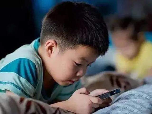 Không phải game hay điện thoại hủy hoại trẻ, đây mới là thứ cha mẹ cần tránh