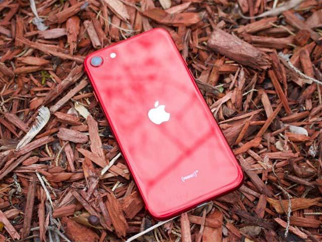 HOT: Sắp có iPhone SE 2021 và AirPods Pro 2 vào tháng 04?