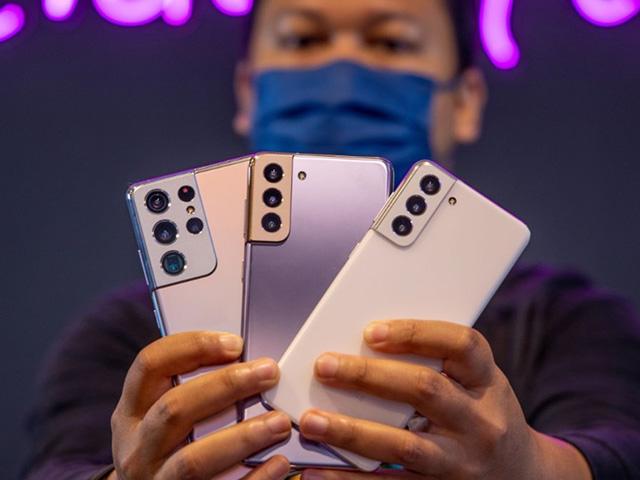Đánh giá Galaxy S21: Sinh ra để trị iPhone 12?