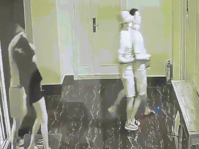 Video: Cặp đôi TQ bị gí súng uy hiếp ở Campuchia, hôm sau phát hiện chết thảm