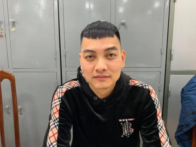 """Youtuber nổ súng bắn vào xe """"thánh chửi"""" Dương Minh Tuyền bất ngờ đầu thú"""