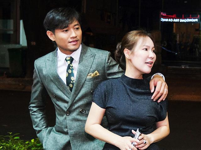 Vợ doanh nhân của Quý Bình ở Phú Quốc tức tốc về Sài thành giữa đêm để làm điều này