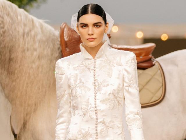 Chanel Xuân Hè 2021 ngọt ngào và lộng lẫy như một áng mây mùa hạ