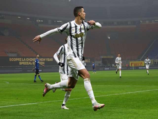 Đỉnh cao Ronaldo: Lập cú đúp nhấn chìm Inter, vì sao nổi giận với HLV Pirlo?