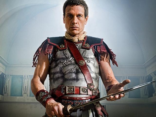 Người giàu có bậc nhất La Mã quyết theo đuổi danh vọng cho đến chết