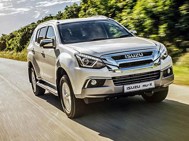 Isuzu mu-X dọn kho lượng xe cũ, giảm giá hơn 100 triệu đồng