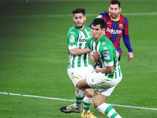 Video Real Betis - Barcelona: Messi cứu giá, rượt đuổi nghẹt thở