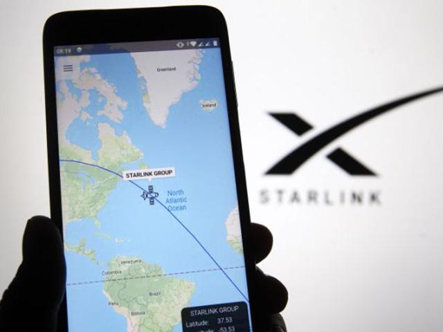 SpaceX đã mở đơn đặt hàng sử dụng internet vệ tinh, giá bao nhiêu?