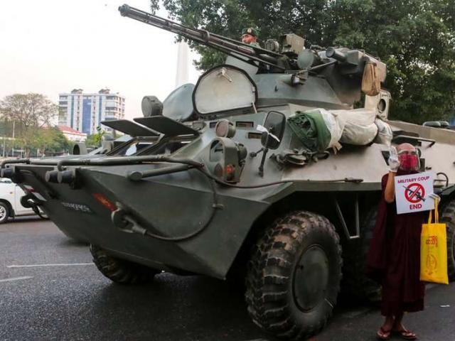 Quốc gia ĐNA trục xuất người Myanmar sau vụ đảo chính quân sự