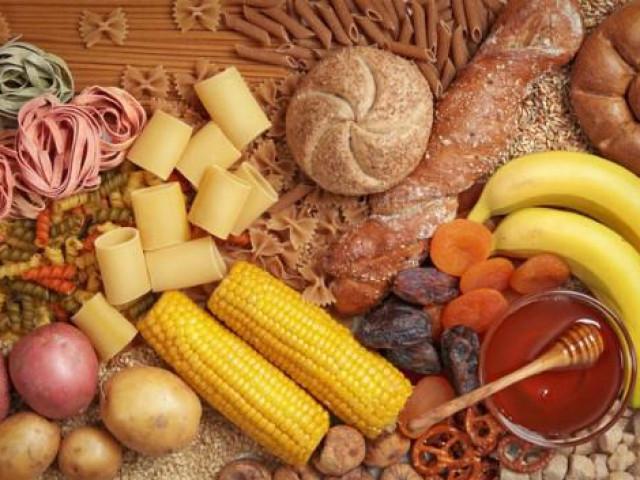 """Bác sĩ nói gì về thông tin người bệnh ung thư ăn nhiều tinh bột và đường sẽ """"nhanh di căn"""""""