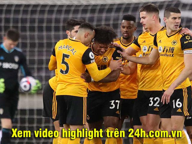 Video Wolverhampton - Leeds: Bàn đá phản quá đen đủi, tiếc nuối phút 90+3