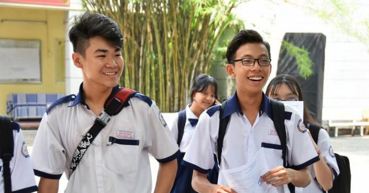 Phụ huynh hoang mang, tranh cãi vì quy định mới tuyển sinh lớp 10 Hà Nội