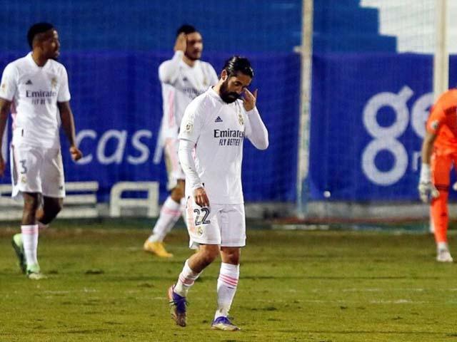 """Real Madrid điều tra nguyên nhân bão chấn thương, Zidane úp mở """"thủ phạm"""""""