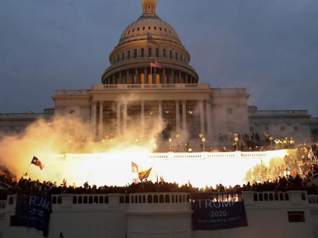 Nhóm dân quân muốn cho nổ tung Điện Capitol khi ông Biden đọc Thông điệp Liên bang