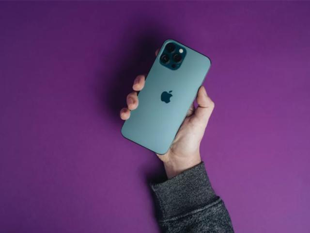 iPhone 12 chưa hết hot, iFan đã hóng bao giờ thì iPhone 13 ra mắt