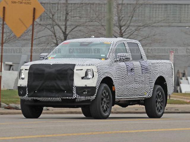 Xe bán tải Ford Ranger có thêm bản sử dụng động cơ lai hybrid