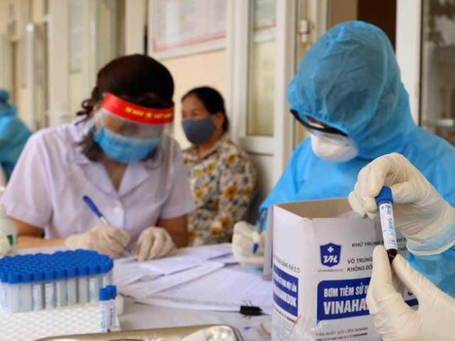 Công bố thêm 11 ca mắc COVID-19 lây nhiễm trong nước