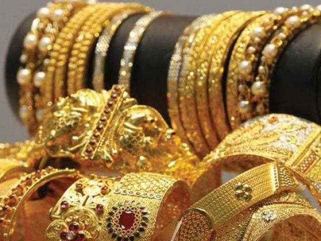 Giá vàng hôm nay 3/3: Vẫn tăng tốt, dân buôn bán ra tới 11,4 tấn vàng