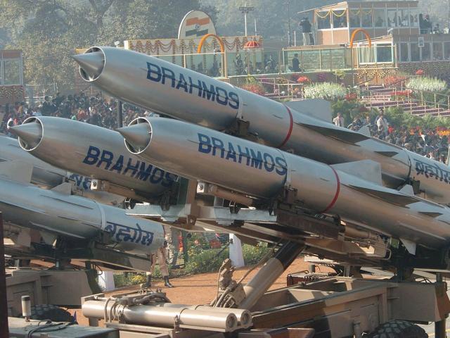 Biển Đông: Philippines mua tên lửa siêu thanh nhanh nhất thế giới, liệu có đủ răn đe TQ?