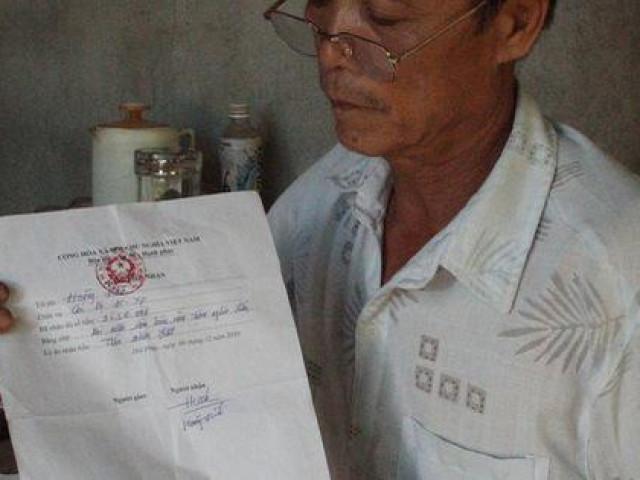 """Vụ xã """"buộc"""" dân nộp tiền để trả nợ quán xá: Chủ tịch xã bất ngờ viết đơn từ chức"""