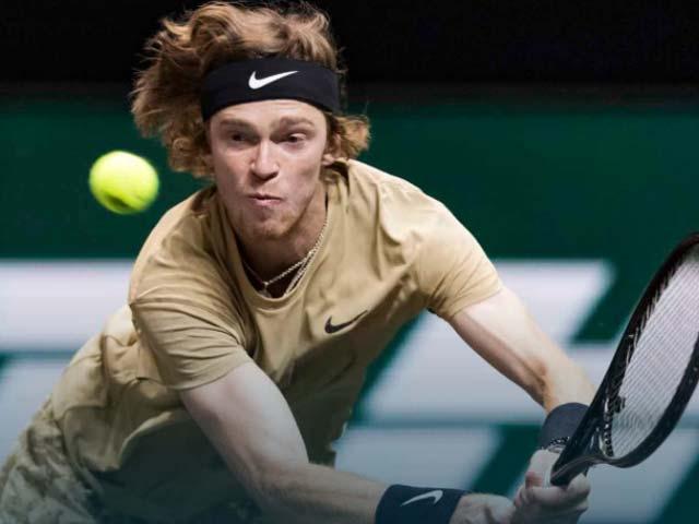 Video tennis Rublev - Tsitsipas: Bẻ game bất thành, loạt tie-break chóng vánh
