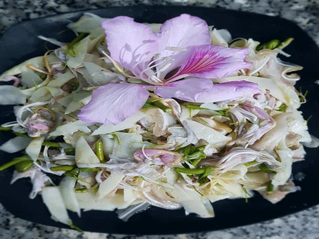 """Đặc sản Tây Bắc: Loài hoa tháng 3 nở tím trời chế biến thành món này dễ """"gây nghiện"""""""