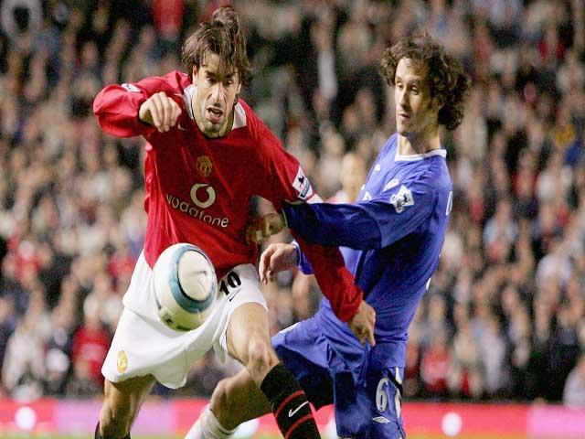 Đỉnh cao MU: Ông vua ngáng đường, Arsenal - Chelsea - Man City ôm hận