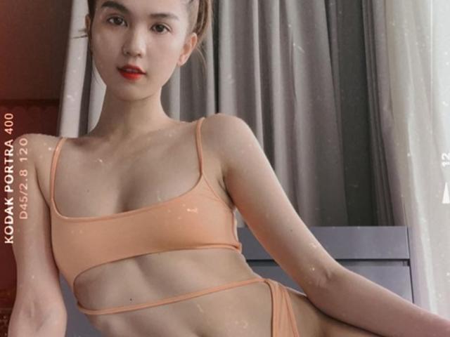 """Nhiều """"gái giàu showbiz Việt"""" khoác lên người bikini nhỏ xíu mà đắt như vàng"""