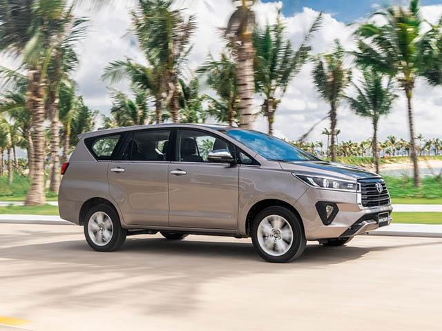 Giá xe Toyota Innova lăn bánh tháng 3/2021