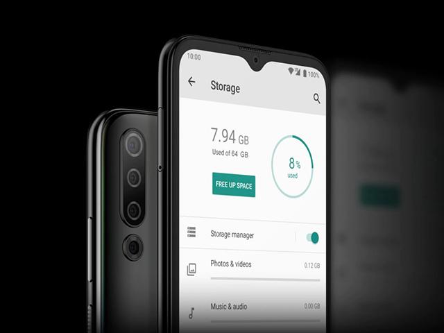 HTC bất ngờ trình làng điện thoại 4 camera, pin 4.000 mAh giá rẻ