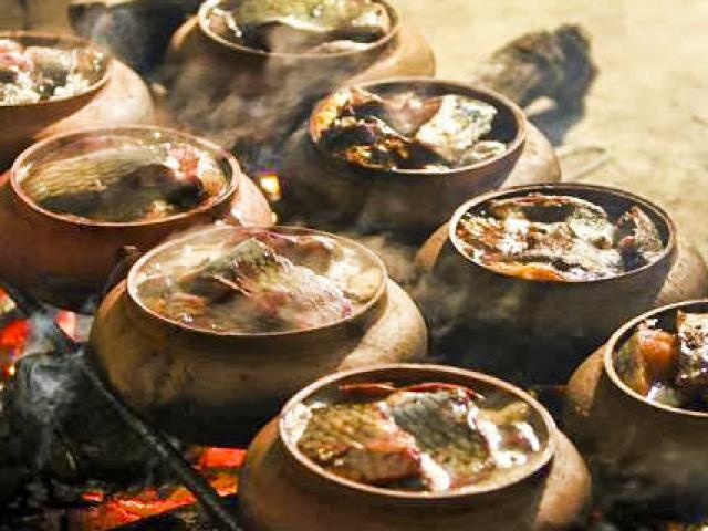 Quê hương của ngôi chùa lớn nhất thế giới ở Việt Nam có món đặc sản nổi tiếng nào?