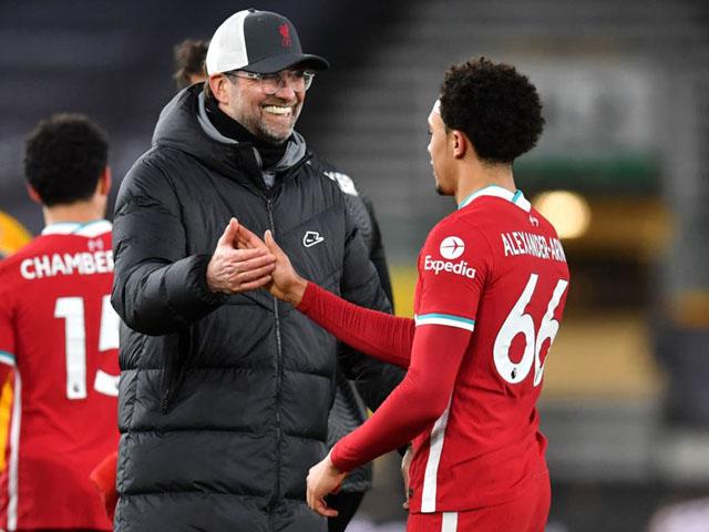 """Liverpool chấm dứt chuỗi toàn thua: Klopp thừa nhận thắng nhờ """"mưu hèn kế bẩn"""""""