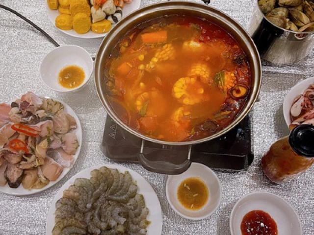 Nấu nước lẩu hải sản theo cách này, vị ngọt thanh mát, thơm ngon, nước còn trong vắt