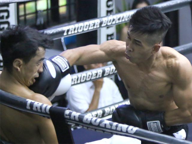 """""""Mayweather Boxing Việt"""" đấm quỵ võ sỹ người Uzbekistan trên sàn đấu"""