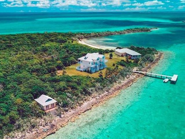 Mua cả hòn đảo với giá chỉ bằng... 1 căn hộ, có nơi giá chỉ vài trăm triệu
