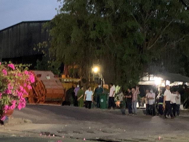 Công nhân vệ sinh bị xe chở rác cán chết khi đang làm việc