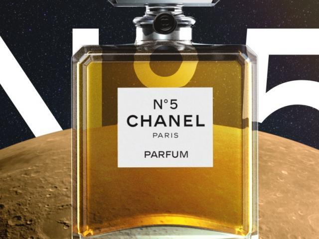 Vì sao chai nước hoa Chanel N°5 trở thành huyền thoại?
