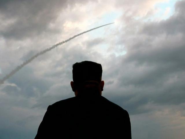 Mỹ: Triều Tiên phóng loạt tên lửa đạn đạo đầu tiên trong năm
