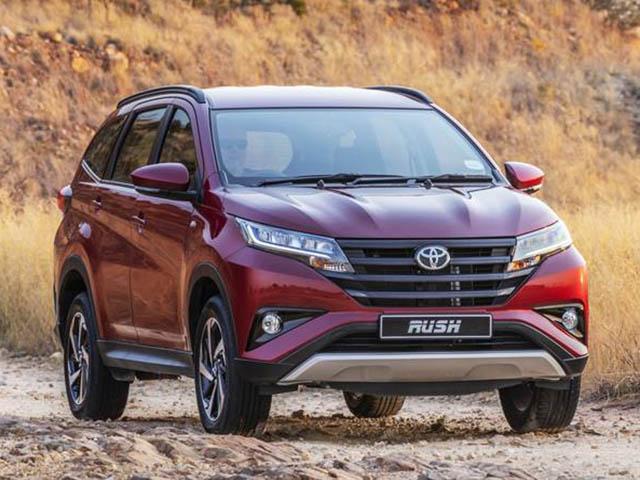 Giá xe Toyota Rush lăn bánh tháng 3/2021