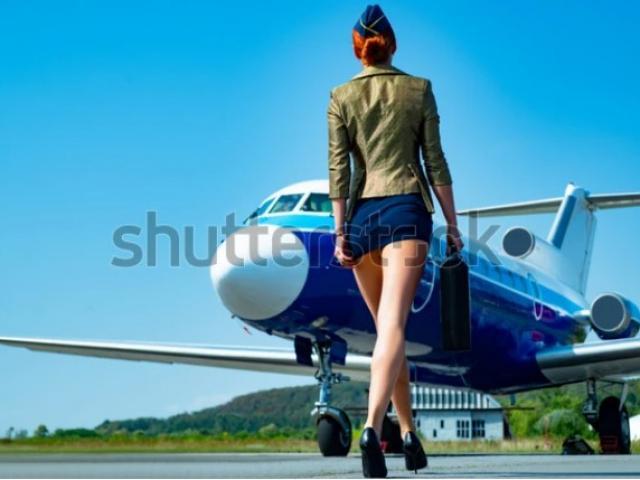 """Úc: Bị cáo buộc khoe """"của quý"""" và sàm sỡ nữ đồng nghiệp, cựu tiếp viên hàng không hầu tòa"""