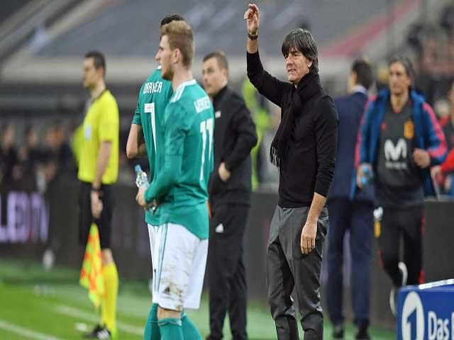 Tân chủ tịch Barca gây sốc: Tính đuổi Koeman, huyền thoại tiến cử Joachim Low