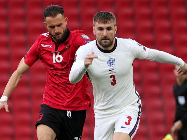 """Video Albania - Anh: Shaw """"dọn cỗ"""", Kane ghi dấu ấn đậm nét"""