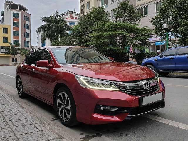 Sau 4 năm sử dụng Honda Accord rớt giá hơn 700 triệu đồng