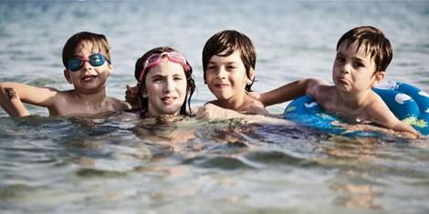 Những nguy hiểm khôn lường cho sức khỏe khi đi biển