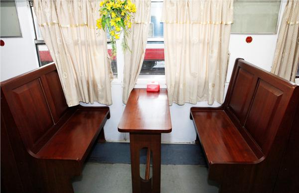 Cận cảnh tàu hỏa HN – Lạng Sơn sang như khách sạn 5 sao
